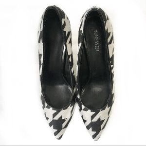Nine West Houndstooth 4 Inch Pointy Heel
